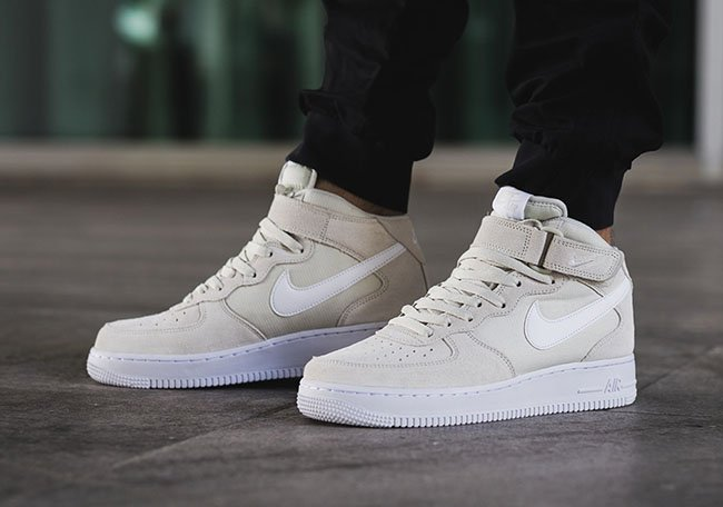 Nike Air Force 1 Mid beige