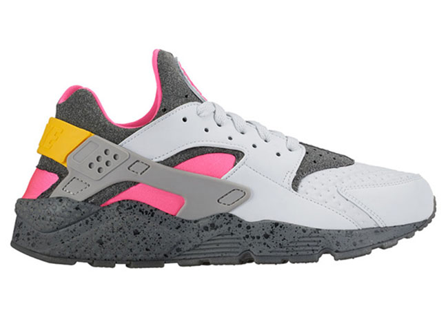 Nike Air Huarache ACG Pure Platinum Pink Blast