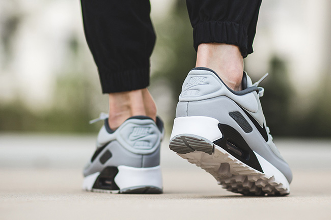 Nike Air Max 90 Ultra Se On Feet