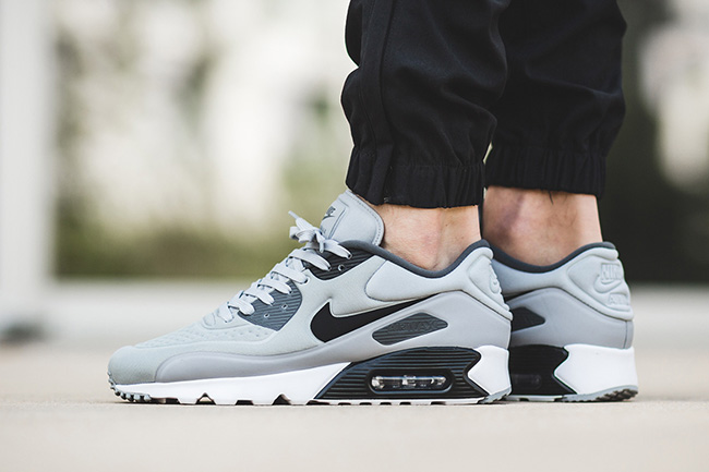 nike air max 90 ultra se wolf grey sneakerfiles. Black Bedroom Furniture Sets. Home Design Ideas