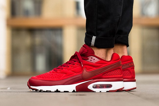 Nike Air Max BW Ultra SE Action Red | SneakerFiles