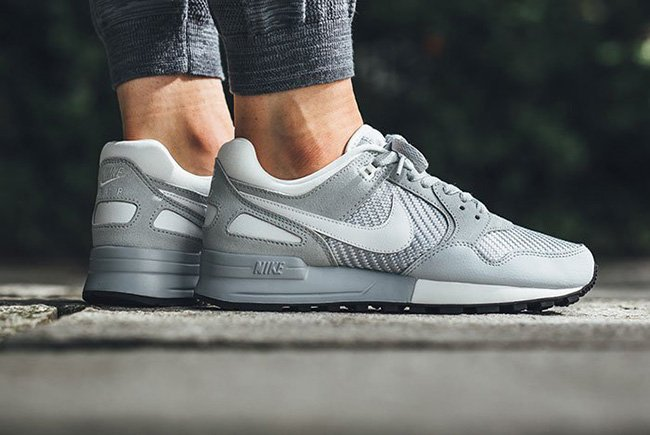 nike air pegasus 89 pure platinum sneakerfiles. Black Bedroom Furniture Sets. Home Design Ideas