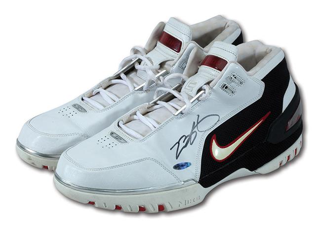 Nike LeBron Zoom Generation Game Worn Auction
