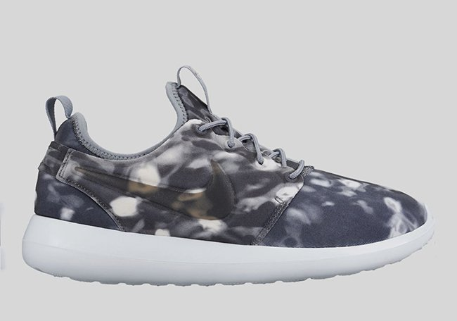 Nike WMNS Roshe Two Print Stealth