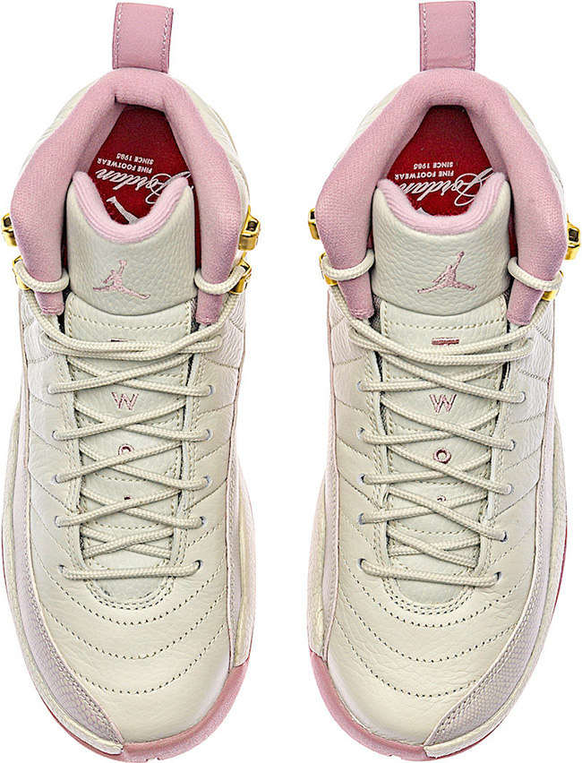 00dfef8299a7 Air Jordan 12 GS Heiress Plum Fog Light Bone