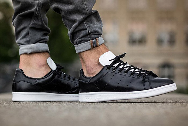 adidas stan smith white core black