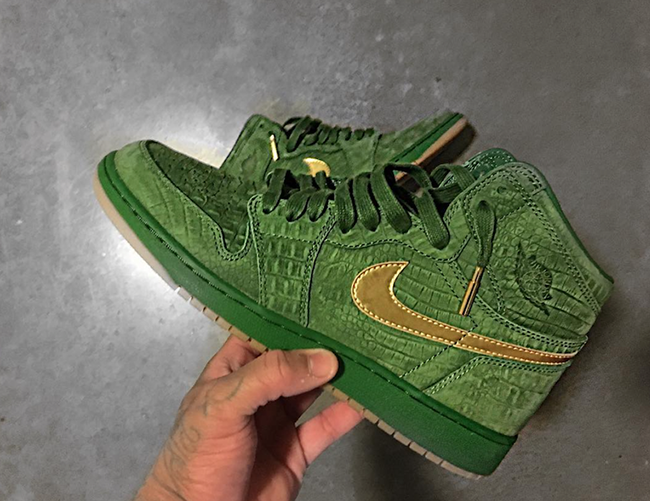 Air Jordan 1 Green Croc Suede Gum