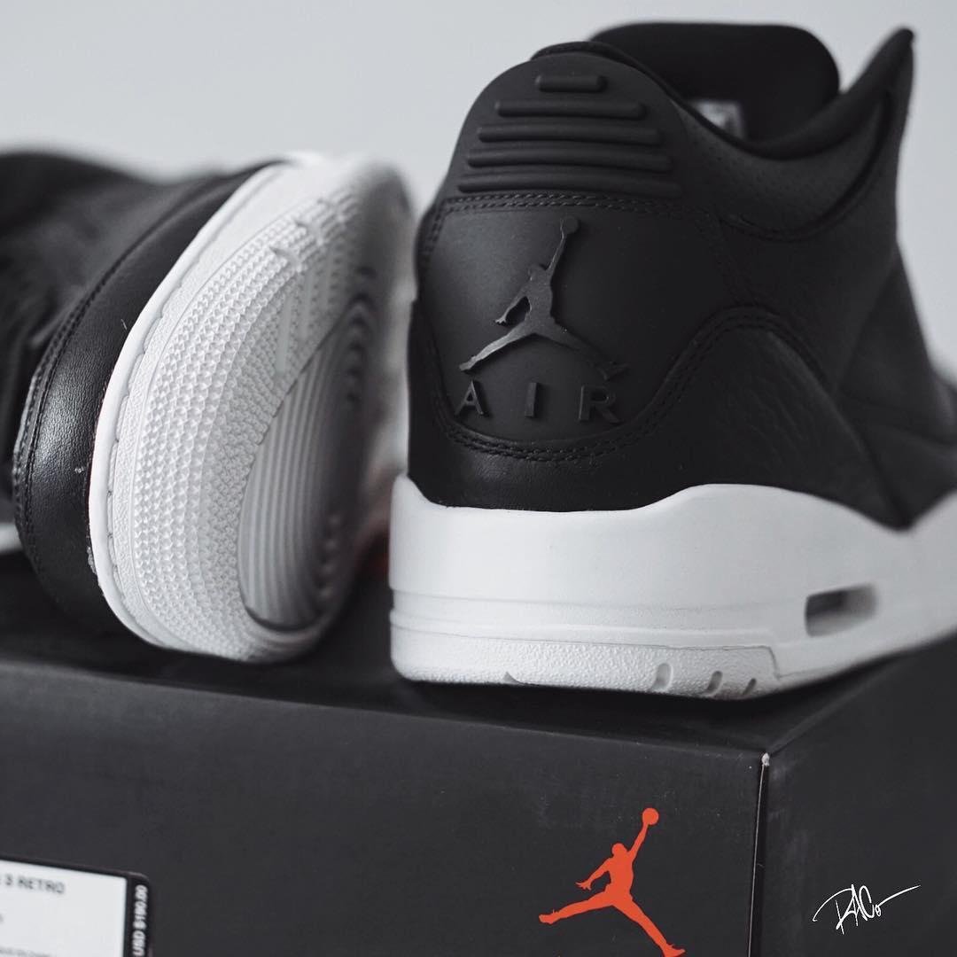 White Retro: Air Jordan 3 Cyber Monday