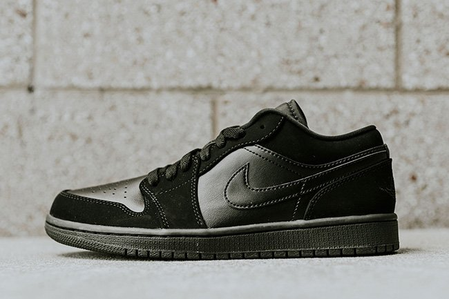 Blackout Air Jordan 1 Low
