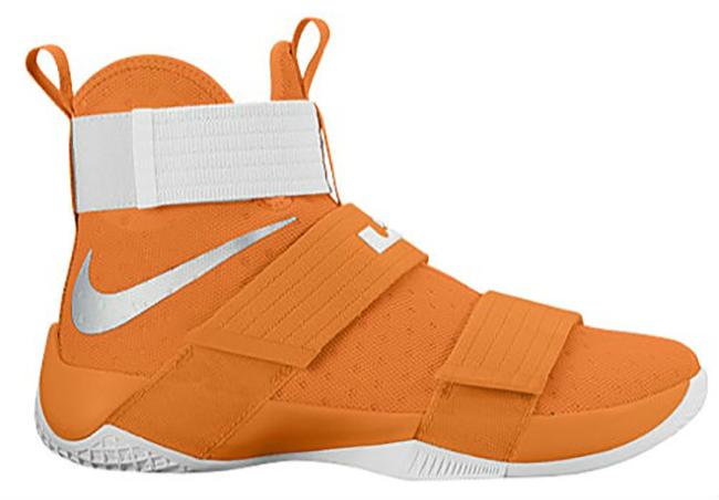 Nike LeBron Soldier 10 Team Bank