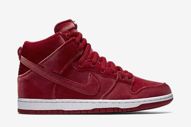 Nike SB Dunk High Santa Claus