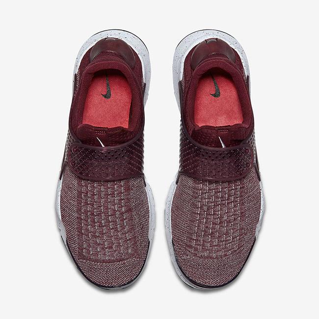 Nike Sock Dart Premium Night Maroon