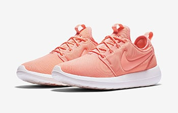 Nike WMNS Roshe Two Atomic Pink