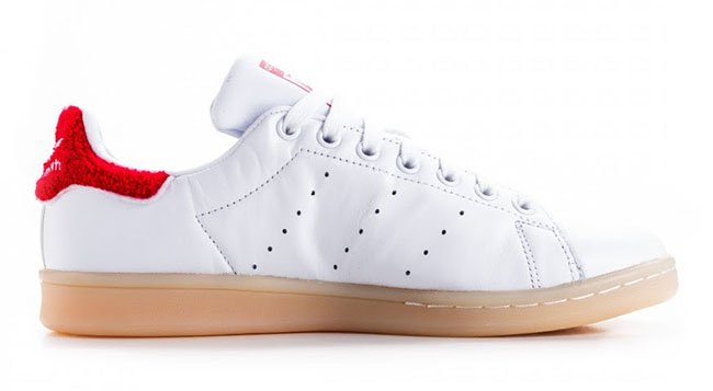adidas Stan Smith Fuzzy Red Heel Tab