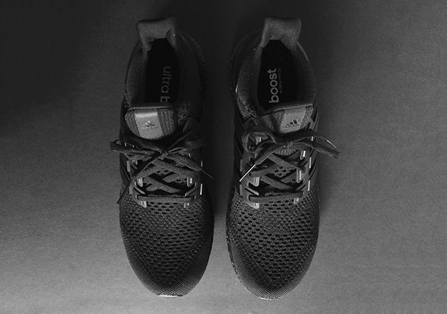 adidas Ultra Boost Triple Black Info