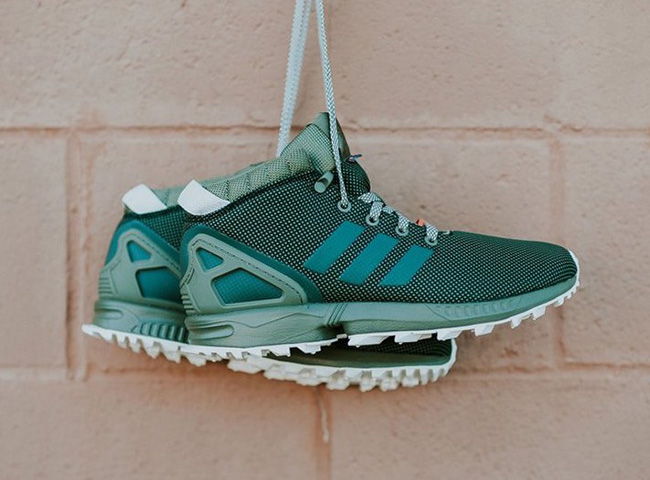 official photos 6cf87 52fa2 adidas ZX Flux 5 8 TR Mid