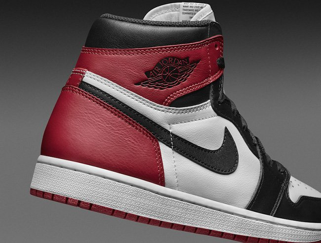 Air Jordan 1 Black Toe Official