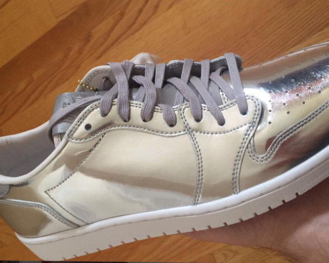 Air Jordan 1 Low OG Pinnacle Silver October 2016
