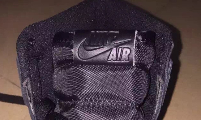 Air Jordan 1 OG Black 2017 Retro