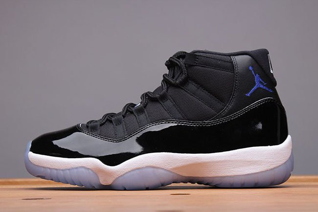 Air Jordan 11 Space Jam 45 20th Anniversary