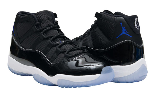 new styles 9c5fe 843a5 Air Jordan 11 Space Jam December Holiday