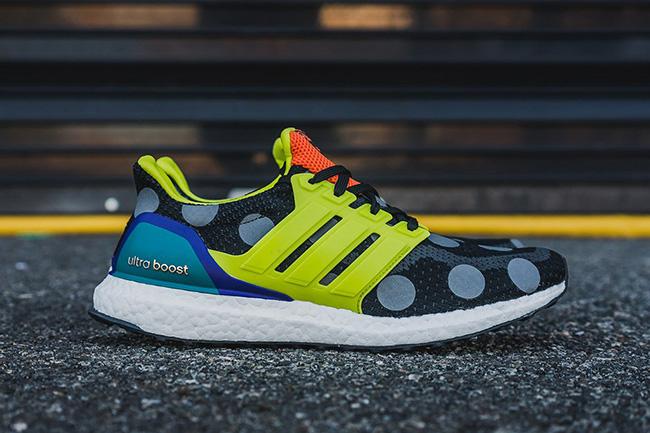 kolor x adidas Ultra Boost Pure Boost ZG