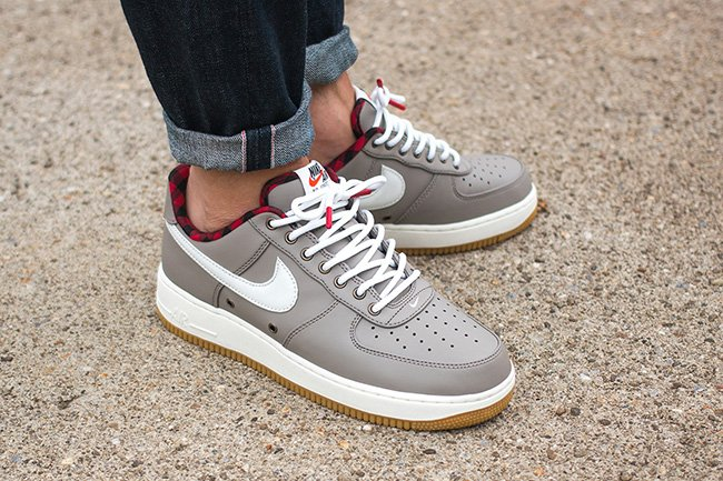 Nike Air Force 1 07 LV8 Light Taupe