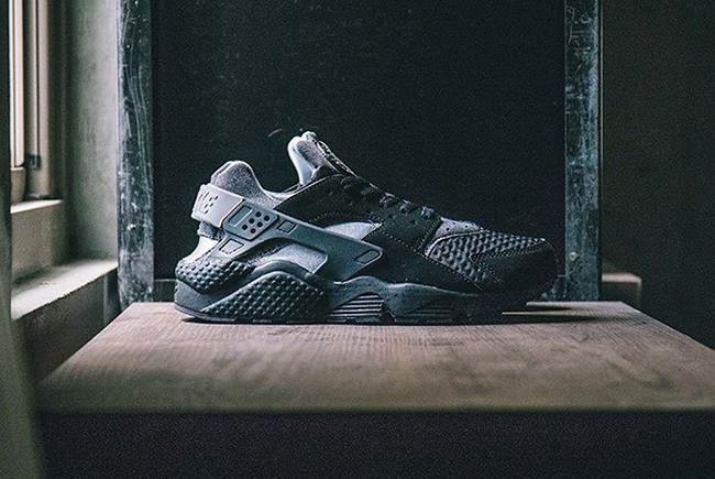 Nike Air Huarache SE Black Grey