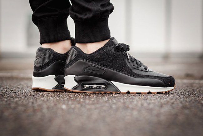 nike air max 90 premium black black sail