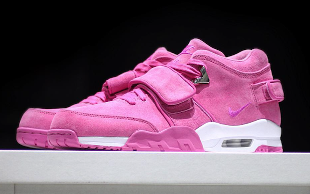 Nike Air Trainer Cruz Think Pink Fire