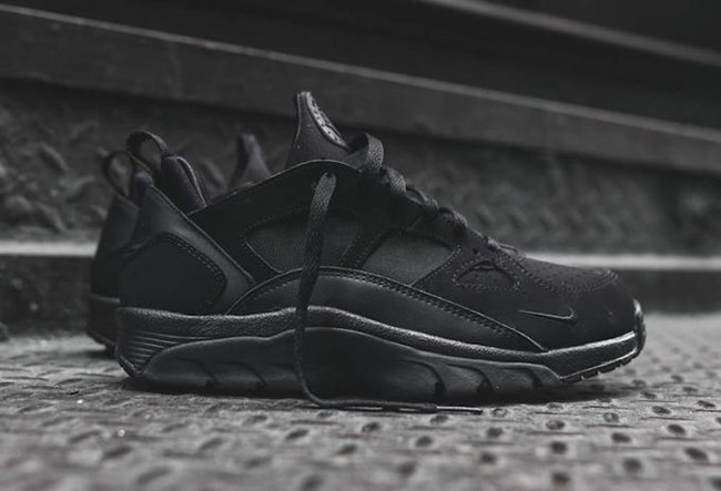 save off 2298c e5fa6 Nike Air Trainer Huarache Low Triple Black