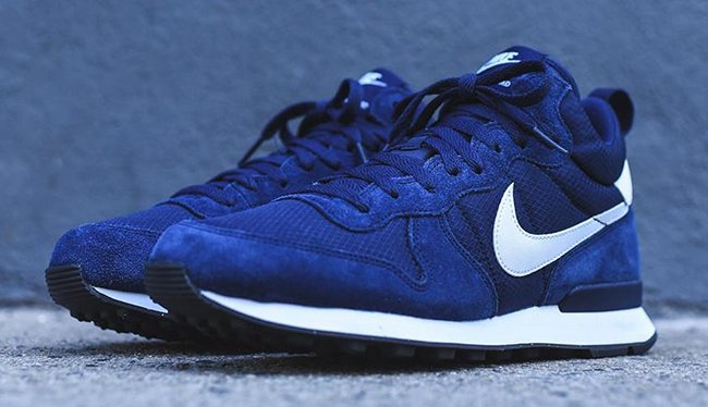 nike internationalist navy