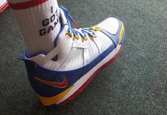 Nike LeBron 3 Superman MVP Retro