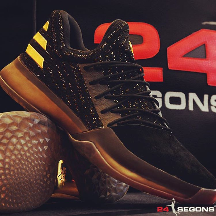 90154c273e8a05 adidas Harden Vol 1 Black Gold