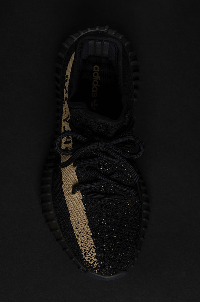 9c1914f80ae1a durable modeling Detailed Look at the adidas Yeezy Boost 350 V2 Copper