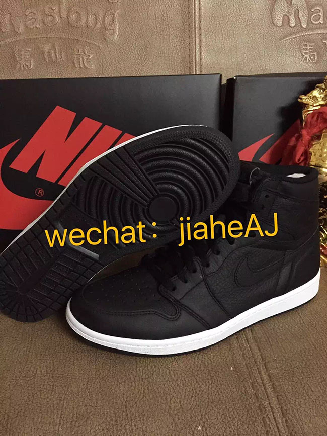 Air Jordan 1 OG Black White 2017