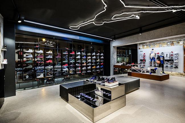 Jordan Bastille Paris Store
