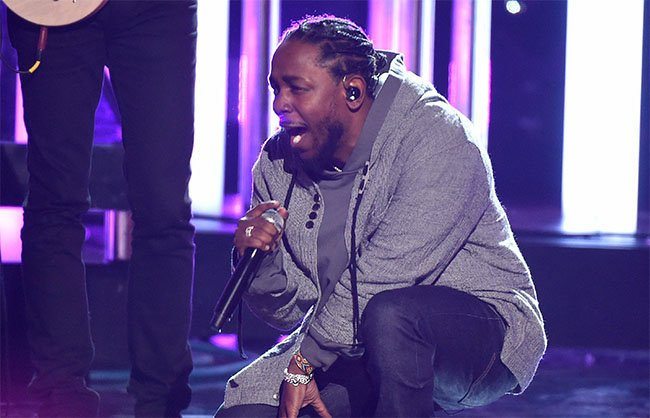 Kendrick Lamar AMA Awards Reebok Classic Leather Lux
