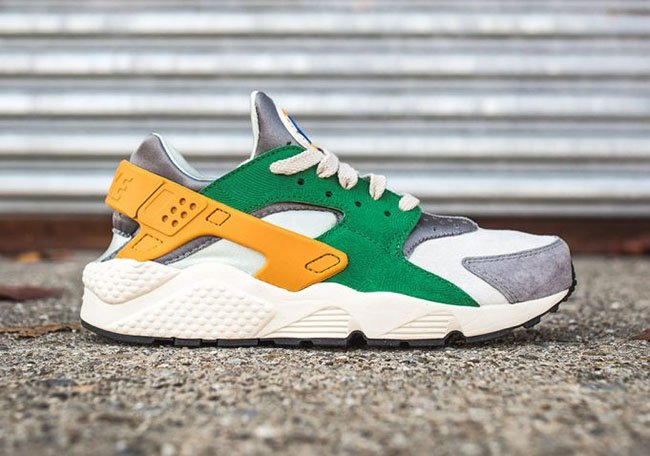 nike air huarache green and gold