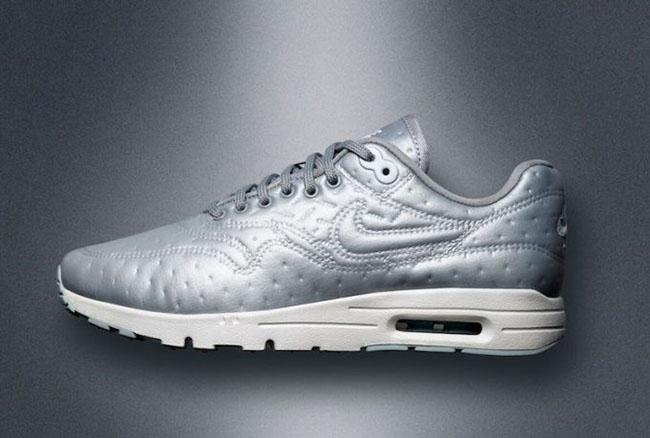 pretty nice 5d725 73865 Nike Air Max 1 Ultra Metallic Silver