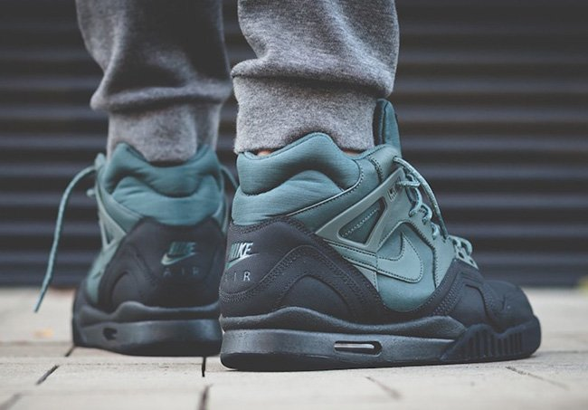Nike Air Tech Challenge 2 SE Hasta