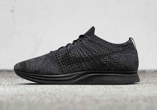 Nike Flyknit Racer Triple Black Release