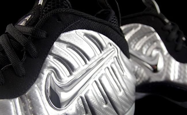 Nike Foamposite Pro Metallic Silver Surfer