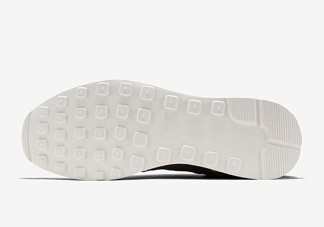 Nike Internationalist Mid Royal Navy Tan
