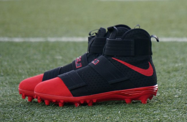 Nike LeBron Soldier 10 Ohio State Cleats