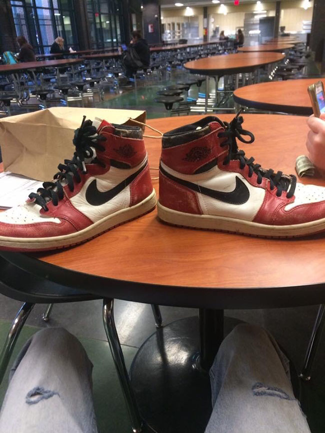 Teacher Gives Original Air Jordan 1 to Student