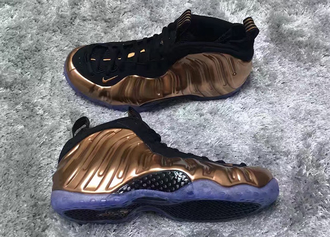 NIKE Air Foamposite One Hologram 314996 ...Amazon.com