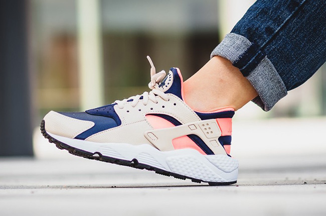 Nike Air Huarache Oatmeal