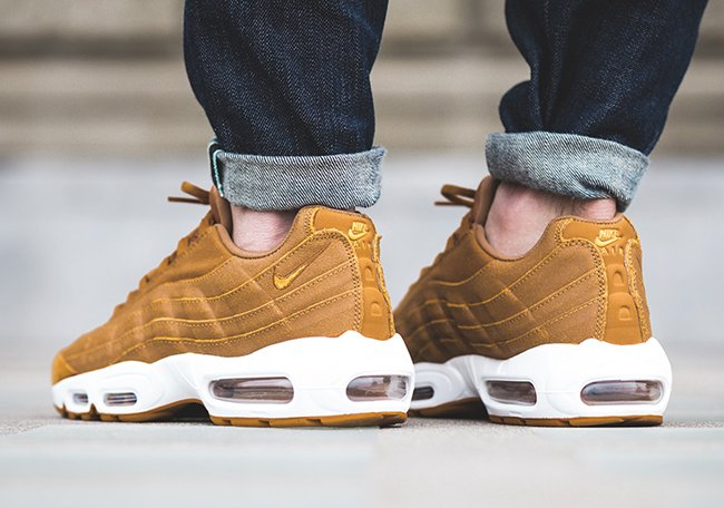 Nike Air Max 95 Desert Gold