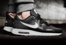 Nike Air Max Tavas Black White